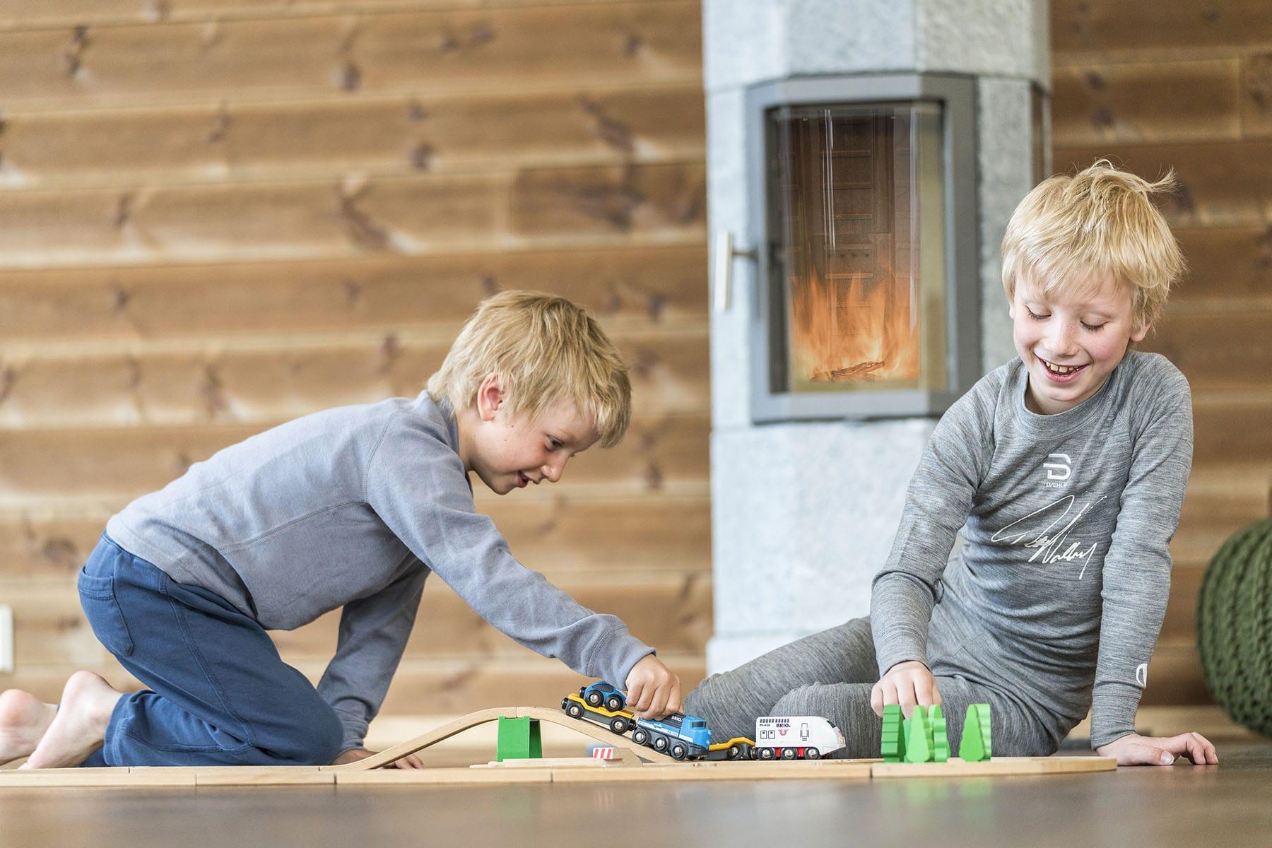 Octo barn leker 1800x1200-min